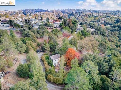 Photo of 24925 Campus Dr, Hayward, CA 94542 (MLS # 40930471)
