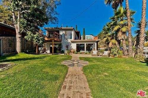 Photo of 1404 Ashland Avenue, Santa Monica, CA 90405 (MLS # 21680472)