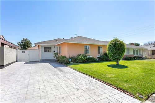 Photo of 6612 Cleon Avenue, North Hollywood, CA 91606 (MLS # DW21191472)