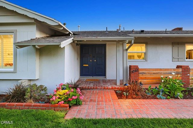 Photo of 3822 El Caminito, Glendale, CA 91214 (MLS # P1-4472)