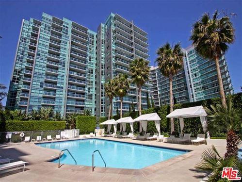 Photo of 13700 MARINA POINTE Drive #1819, Venice, CA 90292 (MLS # 19421474)
