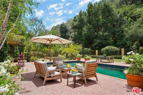 Photo of 3265 Mandeville Canyon Road, Los Angeles, CA 90049 (MLS # 21738474)
