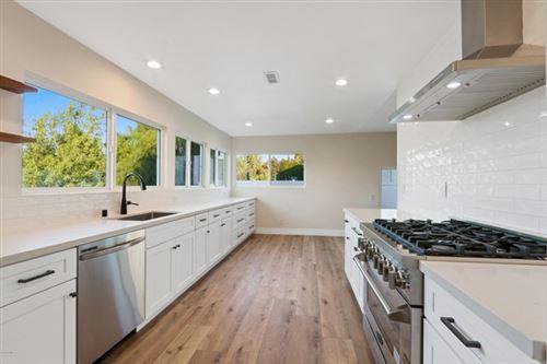 Photo of 193 W Sidlee Street, Thousand Oaks, CA 91360 (MLS # 220010474)