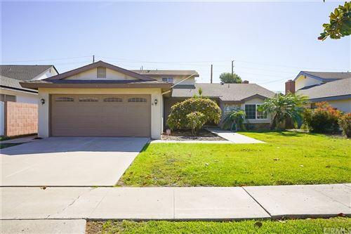 Photo of 13162 Silver Birch Drive, Tustin, CA 92780 (MLS # OC21229474)