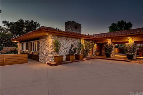Photo of 27424 Sand Canyon Road, Canyon Country, CA 91387 (MLS # SR21194474)