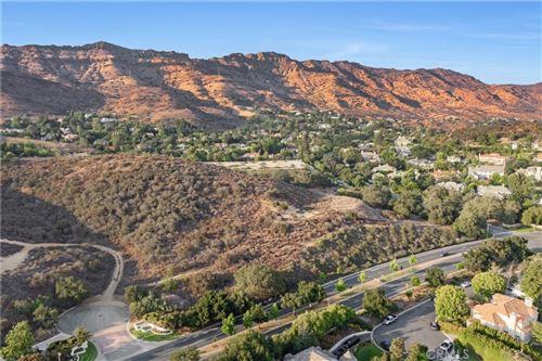 Photo of 1530 Berryhill Circle, Westlake Village, CA 91362 (MLS # OC21148475)