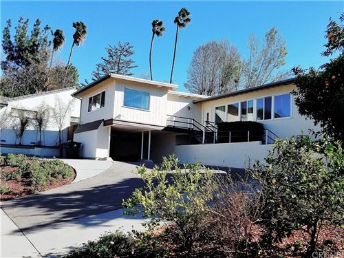 Photo of 18218 Rosita Street, Tarzana, CA 91356 (MLS # SR21224475)