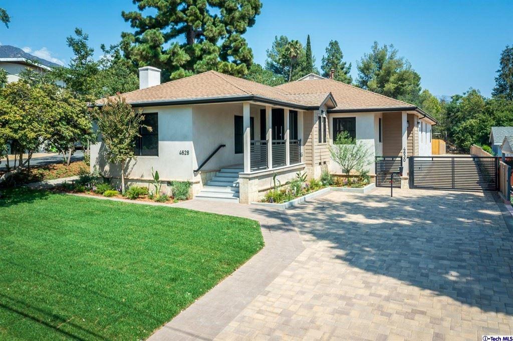 Photo of 4628 El Camino Corto, La Canada Flintridge, CA 91011 (MLS # 320007475)