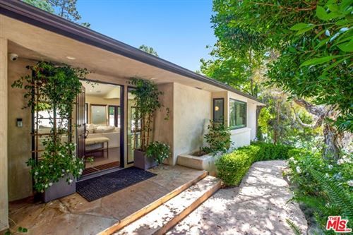 Photo of 9520 Dalegrove Drive, Beverly Hills, CA 90210 (MLS # 20612476)