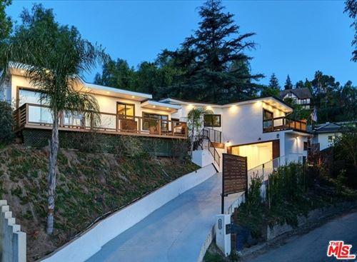 Photo of 4698 Morro Drive, Woodland Hills, CA 91364 (MLS # 21730476)