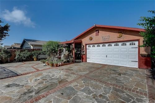 Photo of 933 E 116th Place, Los Angeles, CA 90059 (MLS # PW21233476)