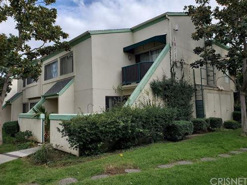Photo of 18514 Mayall Street #C, Northridge, CA 91324 (MLS # SR19284476)