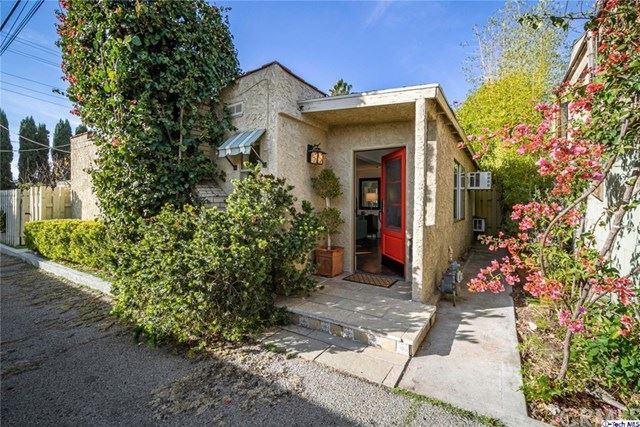 Photo of 1/2 Dorothy Drive, Glendale, CA 91202 (MLS # 320004476)