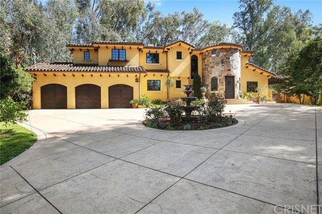 Photo of 4928 Vanalden Avenue, Tarzana, CA 91356 (MLS # SR21076476)