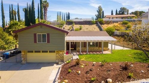 Photo of 19237 Friendly Valley, Newhall, CA 91321 (MLS # 320005477)