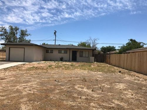Photo of 15221 Redondo Drive, Victorville, CA 92395 (MLS # 528477)