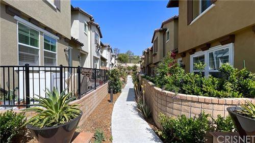 Photo of 28667 Jardineras, Valencia, CA 91354 (MLS # SR21093477)