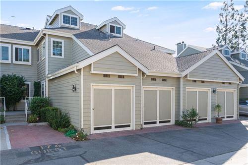 Photo of 6610 N Clybourn Avenue #13, North Hollywood, CA 91606 (MLS # SR21231477)