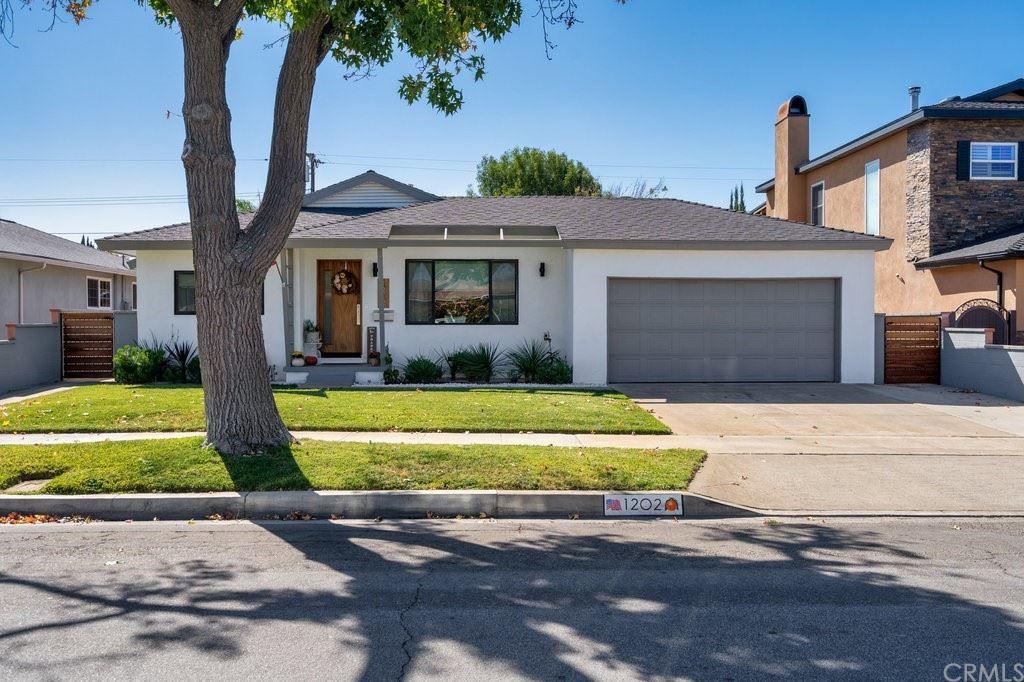 1202 E Mayfair Avenue, Orange, CA 92867 - MLS#: PW21230477