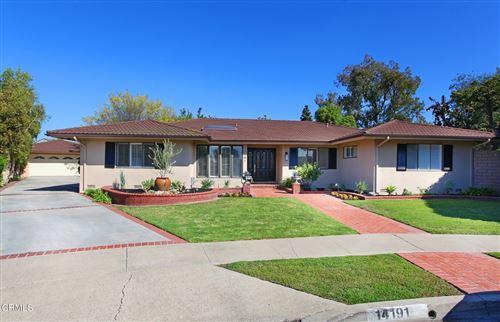 Photo of 14191 Galy Street, Tustin, CA 92780 (MLS # V1-8478)