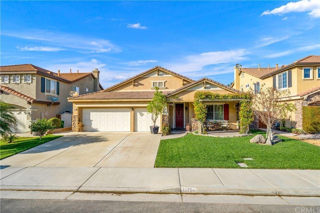 13724 Beaconsfield Lane, Eastvale, CA 92880 - MLS#: IG21209478