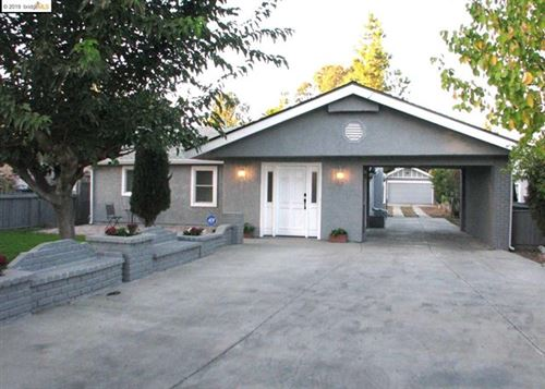 Photo of 200 Sunrise Dr, Brentwood, CA 94513 (MLS # 40887479)
