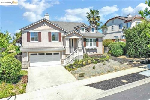 Photo of 204 W Country Club Dr, Brentwood, CA 94513 (MLS # 40947479)