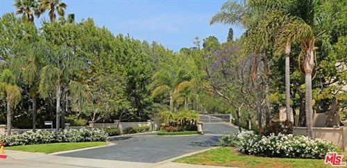 Photo of 672 Palisades Drive, Pacific Palisades, CA 90272 (MLS # 21686480)