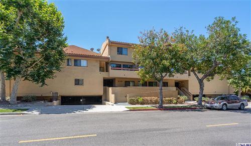 Photo of 350 Burchett Avenue #225, Glendale, CA 91203 (MLS # 320006480)