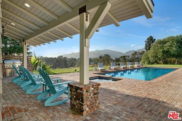 Photo of 6815 DUME Drive, Malibu, CA 90265 (MLS # 20583480)