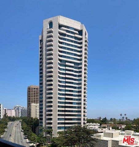 Photo of 10535 Wilshire Boulevard #1011, Los Angeles, CA 90024 (MLS # 20608480)