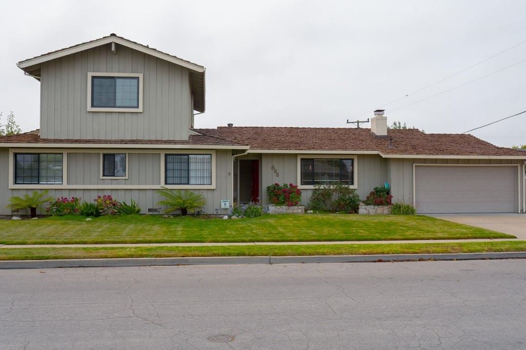 696 San Bruno Way, Salinas, CA 93901 - MLS#: ML81859480