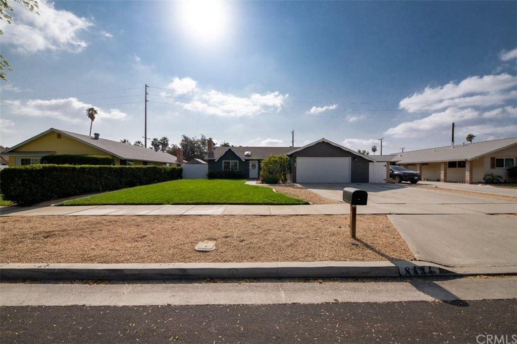Photo of 8434 Basswood Avenue, Riverside, CA 92504 (MLS # CV21213481)