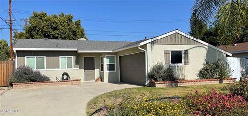 Photo of 2116 Clover Street, Simi Valley, CA 93065 (MLS # 221002482)