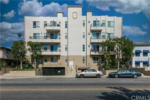 Photo of 412 S Wilton Place #402, Los Angeles, CA 90020 (MLS # TR20193482)