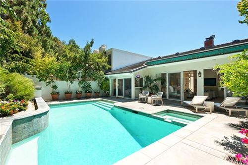 Photo of 8 Rue Marseille, Newport Beach, CA 92660 (MLS # OC20149483)