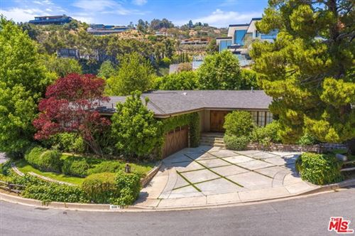 Photo of 1669 N DOHENY Drive, Los Angeles, CA 90069 (MLS # 20585484)