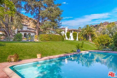 Photo of 9641 ROYALTON Drive, Beverly Hills, CA 90210 (MLS # 20647484)