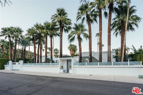 Photo of 520 W Via Lola, Palm Springs, CA 92262 (MLS # 20661484)