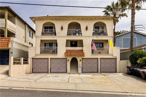 Photo of 104 E Avenida San Gabriel, San Clemente, CA 92672 (MLS # OC21079485)