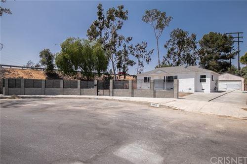 Photo of 12645 Cantara Street, North Hollywood, CA 91605 (MLS # SR21101485)