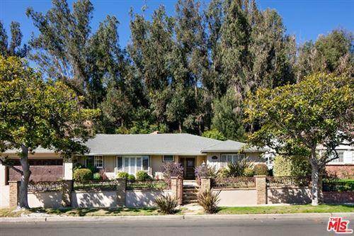 Photo of 1383 Jonesboro Drive, Los Angeles, CA 90049 (MLS # 21695486)