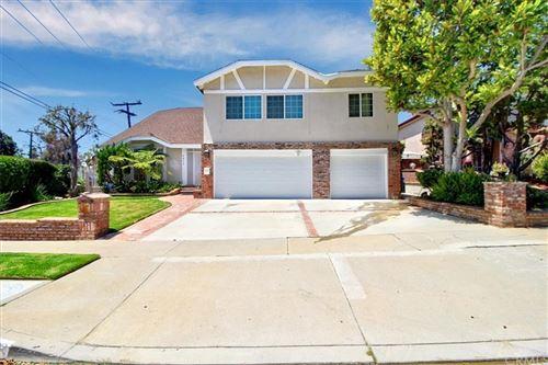 Photo of 5453 Shenandoah Avenue, Los Angeles, CA 90056 (MLS # PW21141486)