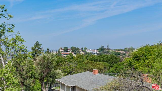 Photo of 1920 Loma Vista Drive, Beverly Hills, CA 90210 (MLS # 21732486)