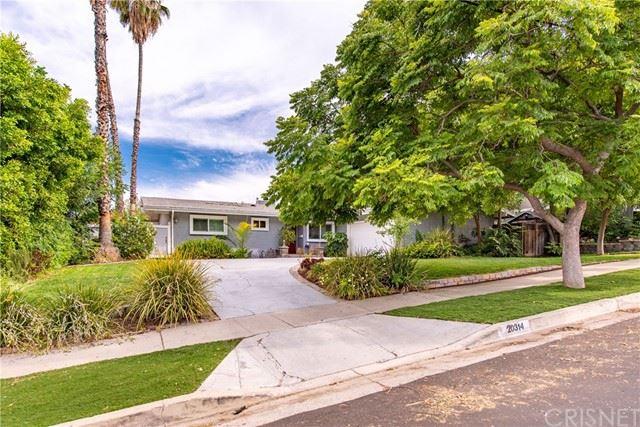 Photo of 20314 Clark Street, Woodland Hills, CA 91367 (MLS # SR21134486)
