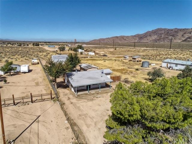 10274 Willow Wells Avenue, Lucerne Valley, CA 92356 - #: IV19211488