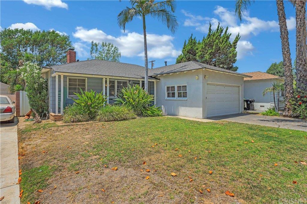 Photo of 5737 Costello Avenue, Valley Glen, CA 91401 (MLS # SR21151488)