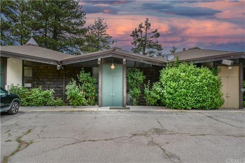 Photo of 872 Sierra Vista Drive #15, Twin Peaks, CA 92391 (MLS # EV21168489)