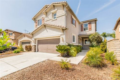 Photo of 20051 Christopher Lane, Saugus, CA 91350 (MLS # SR21077489)