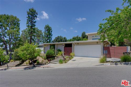 Photo of 3237 Canyon Lake Drive, Los Angeles, CA 90068 (MLS # 21746490)